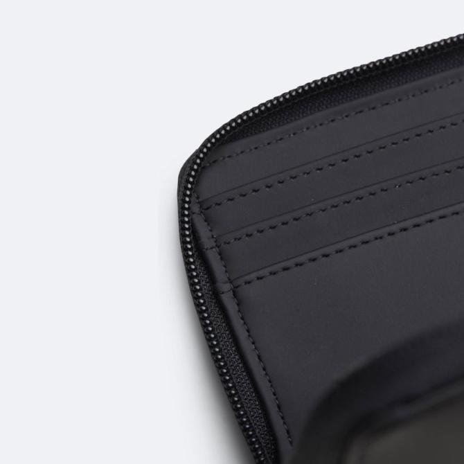 rains small wallet