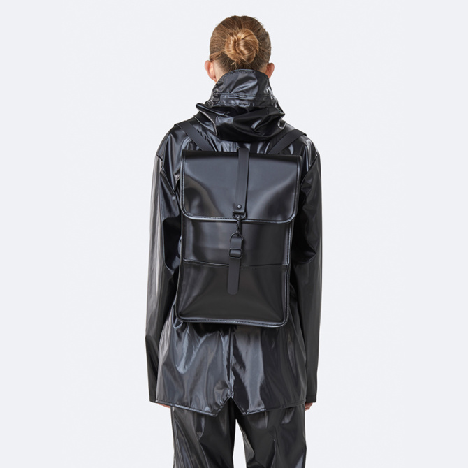 rains backpack mini shiny black