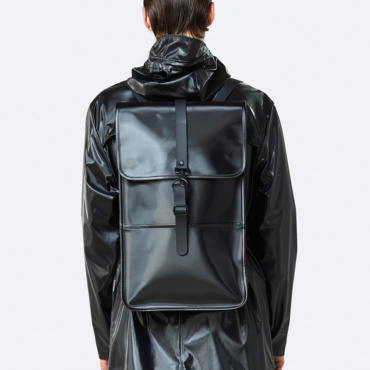 rains backpack shiny black