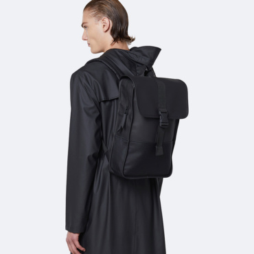 rains buckle backpack mini black